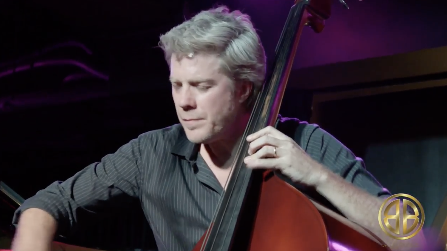 WORLD-RENOWNED BASSIST & COMPOSER, KYLE EASTWOOD